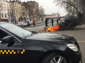 Uberisation, la protesta paralizza Bruxelles