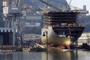 La babele di appalti e sub-appalti della cantieristica navale
