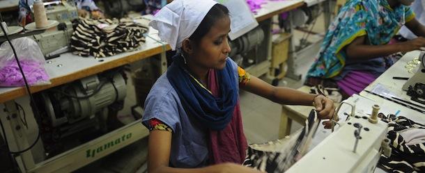 Il settore tessile è ancora sotto alle macerie del Rana Plaza